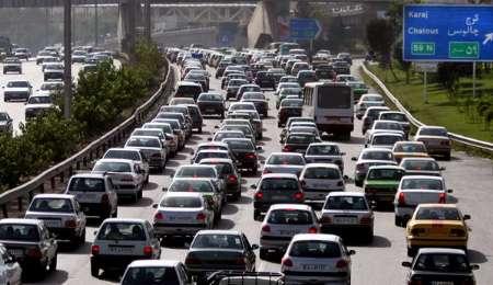 ترافیک سنگین درجاده کرج - چالوس و آزاد راه کرج - قزوین