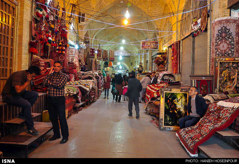 خطر، بیخ گوش بازار وکیل شیراز