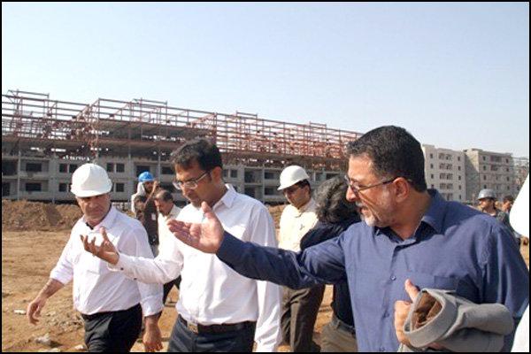بازدید معاون وزیر راه و شهر سازی از پروژه دو هزار واحدی مسکن مهر نفت اهواز