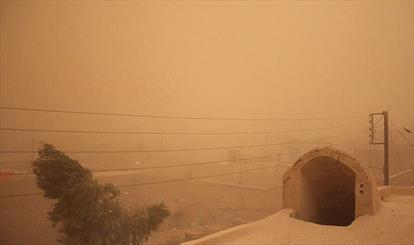 طوفان ۸۳ کیلومتری ادارات زابل را به تعطیلی کشاند