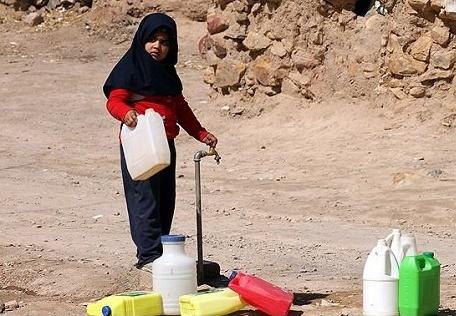 خرید آب با کارت اعتباری در انتظار خلیلآبادیها