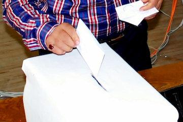 دوره هفتم انتخابات نظام مهندسی غیر سیاسیترین است