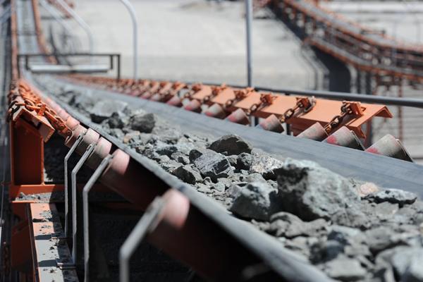 صادرات سنگ آهن از چابهار برای نخستینبار
