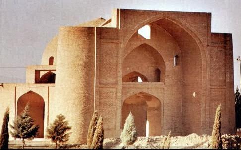 استاندار اصفهان: حفاظت از میراث فرهنگی باید با مشارکت مردم باشد