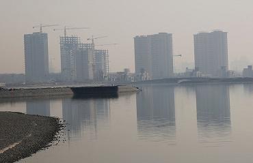 نتایج سه گزارش شورای عالی شهرسازی و معماری: اثبات اثرگذاری بلندمرتبهسازیهای منطقه ۲۲ بر آلودگی هوای تهران