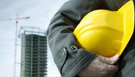 لزوم توجه ویژه به ایمنی محیط کار کارگران ساختمانی