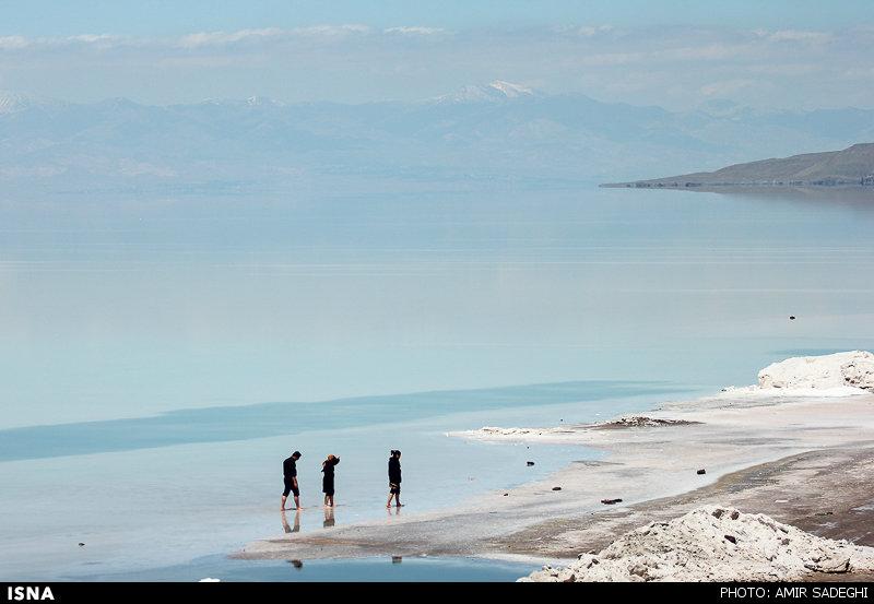 ممنوعیت شنا در دریاچه ارومیه برای مبتلایان به فشار خون بالا