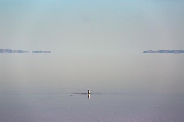 بیماریهای ناشی از خشکی دریاچه ارومیه رصد میشوند