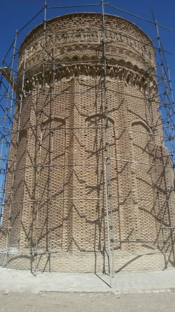 مرمت برج مهماندوست دامغان