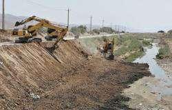 عملیات لایروبی کانالهای سطح منطقه ۷ در حال اجرا است