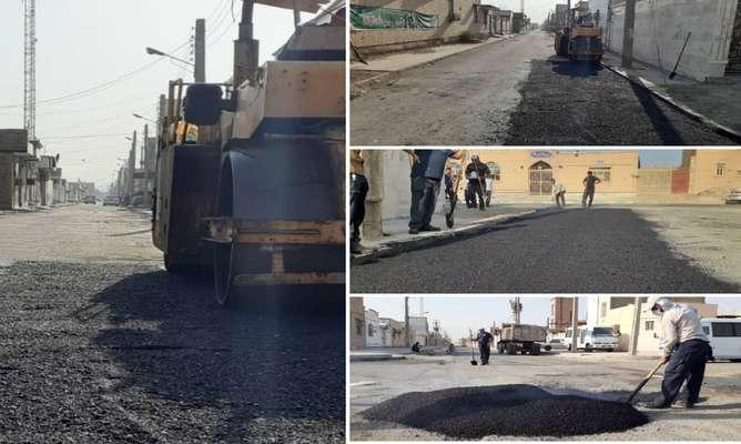 لکه گیری آسفالت خیابان خرداد واقع در کوی طالقانی توسط شهرداری خرمشهر انجام شد