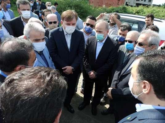بازدید معاون ریاست جمهوری و رئیس سازمان برنامه و بودجه کشور از فاز دوم مسکن مهر رشت