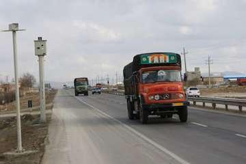 تردد آسان وسایل نقلیه در مرزهای مشترک ایران و عراق/ گذرگاهها جهت مبادلات تجاری به حالت عادی خود باز گشتند