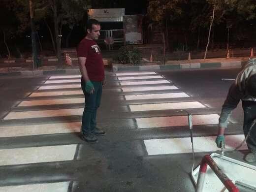 اجرای خطکشی در محلهای عبور عرضی عابرین پیاده