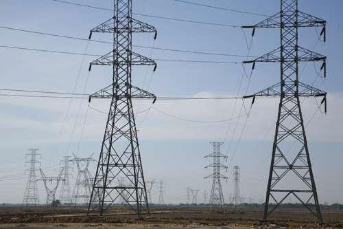 مدیرعامل شرکت برق منطقهای خوزستان: خط برق شاهد بهبهان – بهمئی با سرمایهگذاری بیش از 1000 میلیارد ریال احداث شد