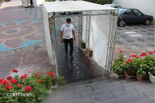 نصب دستگاههای ضدعفونی کننده اتوماتیک، توسط شهرداری منطقه ۲ تبریز