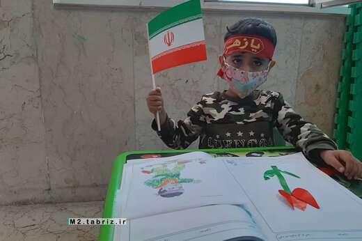آموزش کاردستی برای هنرجویان کودک مراکز فرهنگی شهرداری منطقه ۲