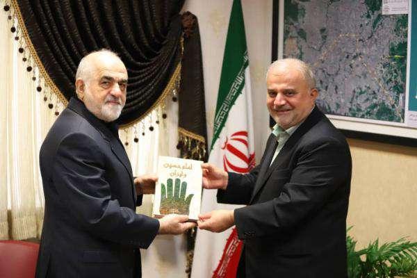 گزارش تصویری دیدار رییس شورای اسلامی شهر رشت با پدر دکتر سهیل کیانفر شهید مدافع سلامت