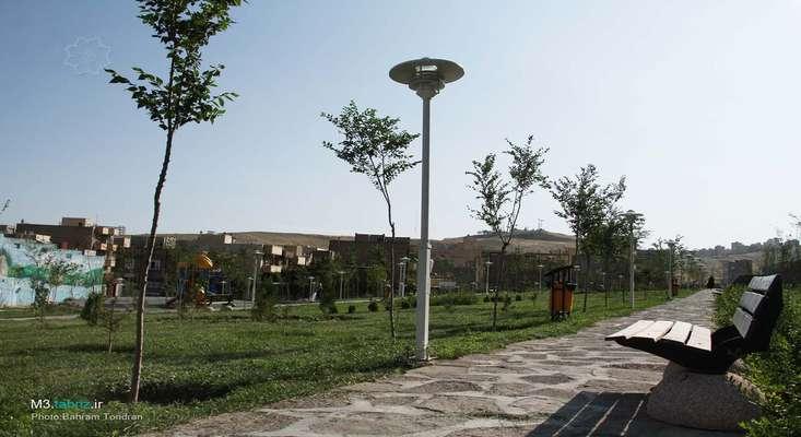 پارکهای «امید» و «شهید تجلایی» به بهره برداری رسید