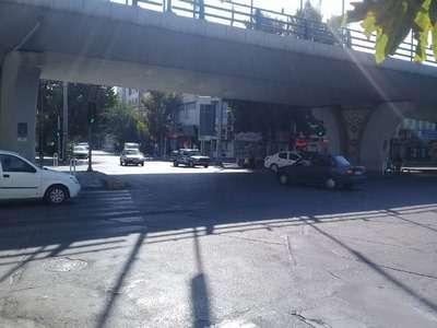 اجرای طرح محدودیت تردد در تقاطع نادری-بوعلی قزوین