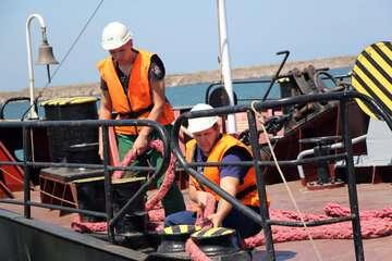 نقش دریانوردران در حمل و نقل پایدار