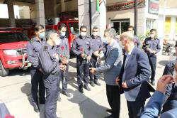 معاون مالی و اقتصادی شهرداری شیراز از آتش نشانان تجلیل کرد