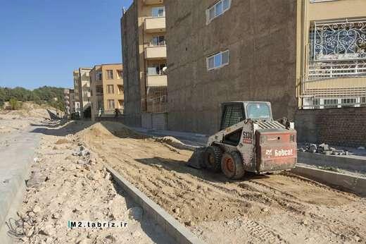 آماده سازی و تسطیح محوطه پارک کودک