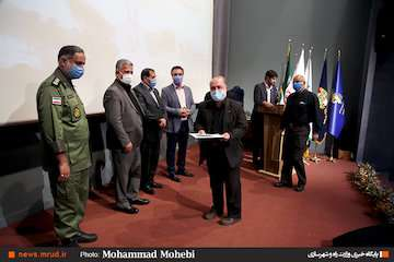 الزام به دفاع در مقابل جنگ رسانهای دشمن/ اقتدار امروز ایران؛ دستاورد مقاومت و ایستادگی