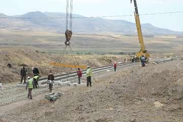 پیشرفت فیزیکی زیرسازی راهآهن اردبیل-میانه به ۸۵ درصد رسید