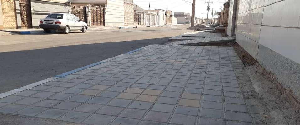 کفپوش گذاری و احداث پیاده رو معابر کوی نود هکتاری توسط شهرداری خرمشهر