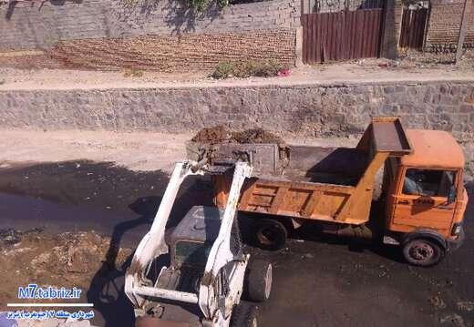 انجام عملیات لایروبی و پاکسازی در ۹ مسیر جنوب غرب تبریز