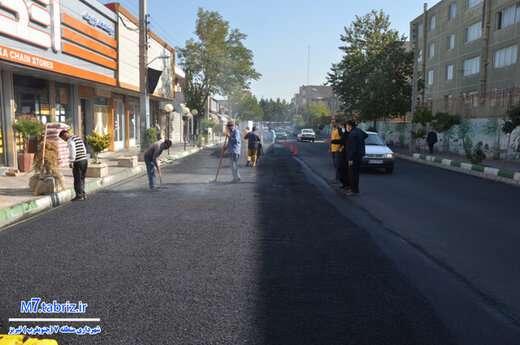 انجام آسفالت ریزی ۴۶۰ تنی در خیابان نگارستان غربی