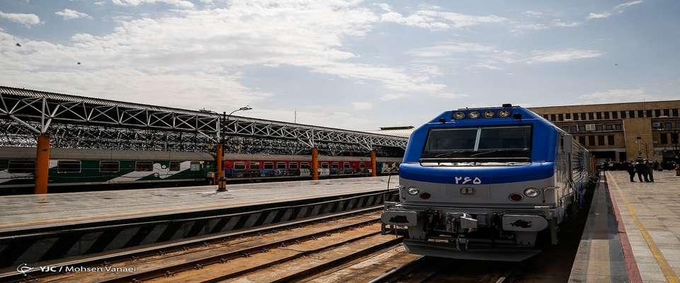 اتصال به کریدورهای شمال و جنوب از طریق راه آهن خواف - هرات