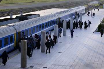 ممنوعیت فروش بلیت قطار به بیماران کرونایی