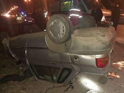 واژگونی خودروی پراید در جاده اقبالیه 2 مصدم بر جای گذاشت