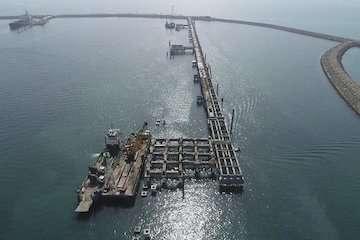 رشد ۹ درصدی فعالیتهای بندر نفتی خلیج فارس نسبت به مدت مشابه سال گذشته/ پهلوگیری بیش از ۱۱۰۰ فروند شناور در این بندر
