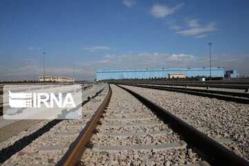 فرماندار: راه آهن نهاوند به شبکه ریلی کشور متصل می شود