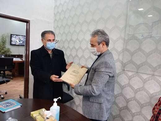 شهرداری منطقه ۱ آماده همکاری با انجمن خوشنویسان استان