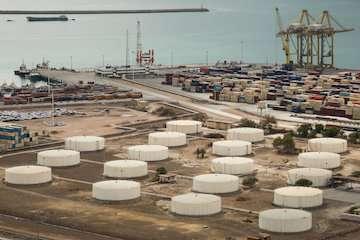بهرهبرداری از ۲۰پروژه توسعهای و تجهیزاتی در بنادر هرمزگان / بهرهبرداری از پایانه لجستیک کالا، کانتینر و مخازن نگهداری فرآورده های نفتی