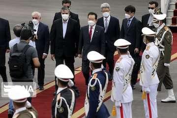 استقبال وزیر راه و شهرسازی از نخستوزیر کرهجنوبی/راههای  بهبود روابط ایران و سئول بررسی میشود