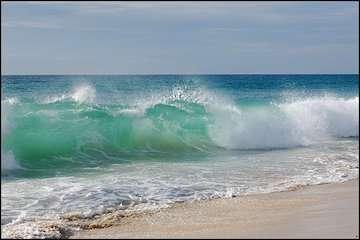 وزش باد شدید در هرمزگان / خلیج فارس مواج است/ تداوم بارشهای پراکنده تا دوشنبه