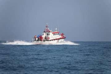 افرایش ارتفاع موج در دریای خزر/ لزوم رعایت جوانب احتیاط برای جلوگیری از آسیب دیدن شناورهای سبک و تورهای ماهیگیری