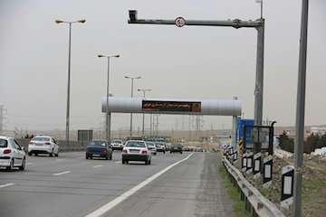 کاهش ۲.۱درصدی تردد وسایل نقلیه در محورهای برون شهری