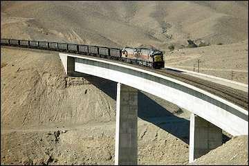 بازنگری بیش از ۱۶۰۰ مصوبه هیئت مدیره شرکت راهآهن مربوط به سالهای ۱۳۹۰ تا ۱۳۹۹/ نیاز فوری به بودجه ۲۷۵ میلیارد تومانی جهت تکمیل مسیر ریلی ابرکوه - فراغه/ راهآهن زاهدان-چابهار در سال ۱۴۰۱ به بهرهبرداری میرسد