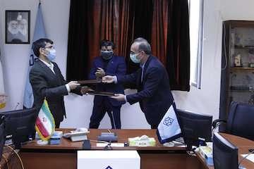 مرکز تحقیقات راه، مسکن و شهرسازی و موسسه تحقیقات خاک و آب تفاهمنامه همکاری منعقد کردند