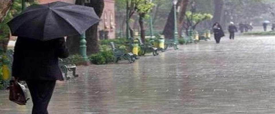 بارش باران و رعد و برق در پایتخت