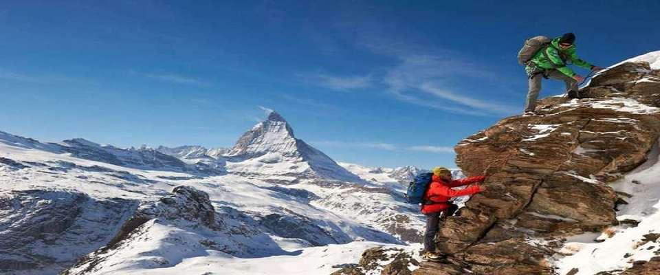 توصیههای هواشناسی کوهستان برای کاهش خطرات در ارتفاعات/آسمان صاف نشانه جو آرام در کوهستان نیست