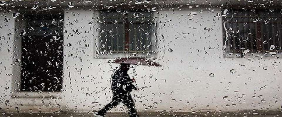 آسمان ابریست؛ بارش بهاری در اکثر نقاط پایتخت +فیلم