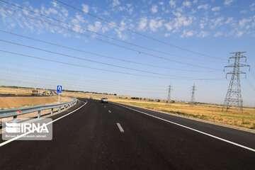 هفت هزار و ۵۰۰ کیلومتر بزرگراه در هشت سال گذشته احداث شده است