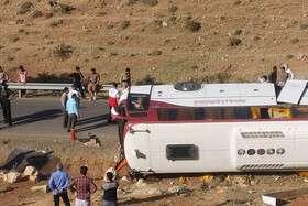 سازمان راهداری تایید کرد: مقصر بودن راننده در حادثه واژگونی اتوبوس خبرنگاران